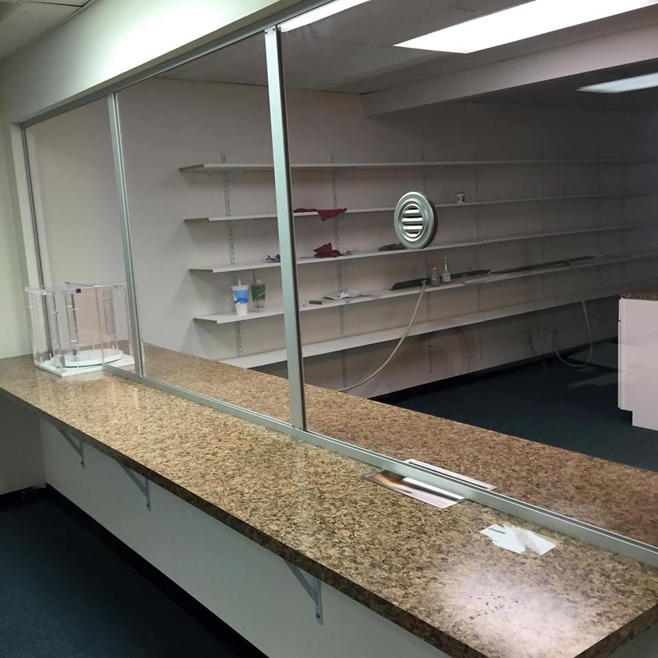 Dan's Enterprises | Glass & Mirror Shop – Redford Charter Township, MI